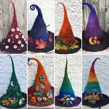 Les chapeaux de sorcières,